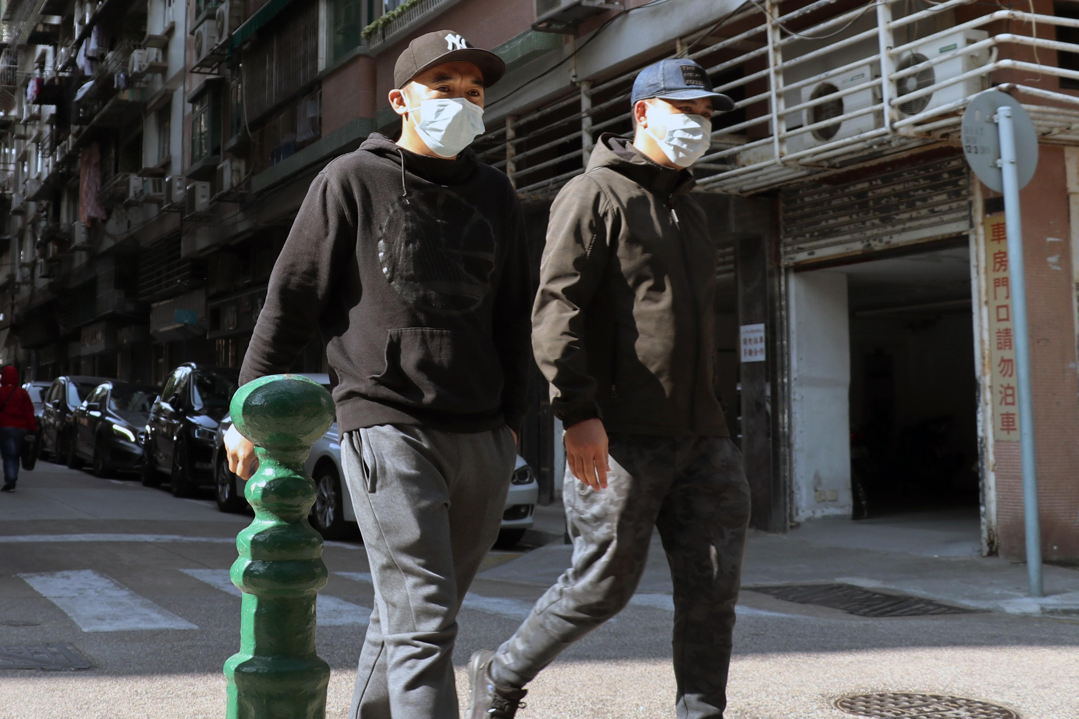 Varios estudios sugieren que el calor frena ligeramente al coronavirus