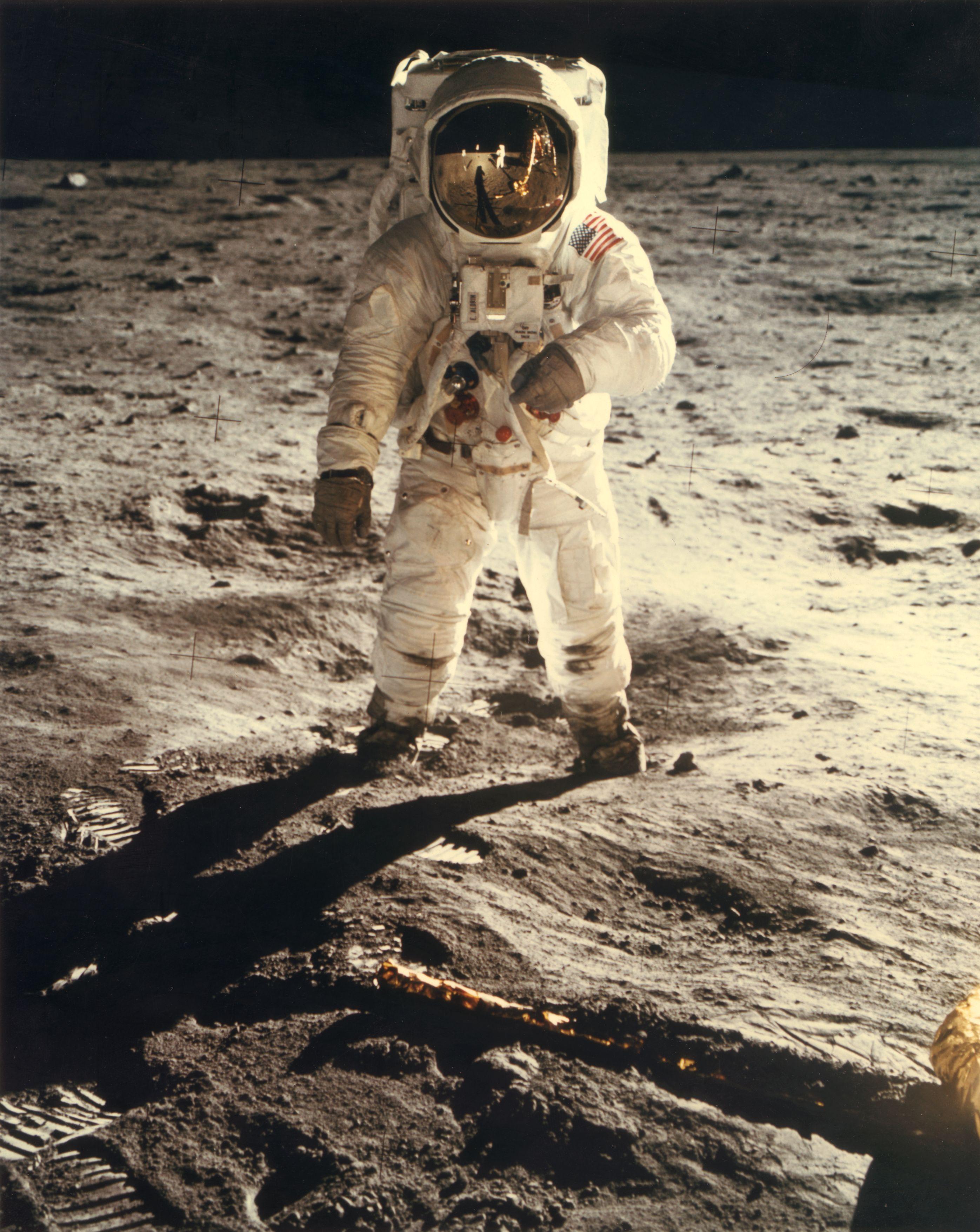¿Por qué a la humanidad le está costando tanto volver a la Luna?