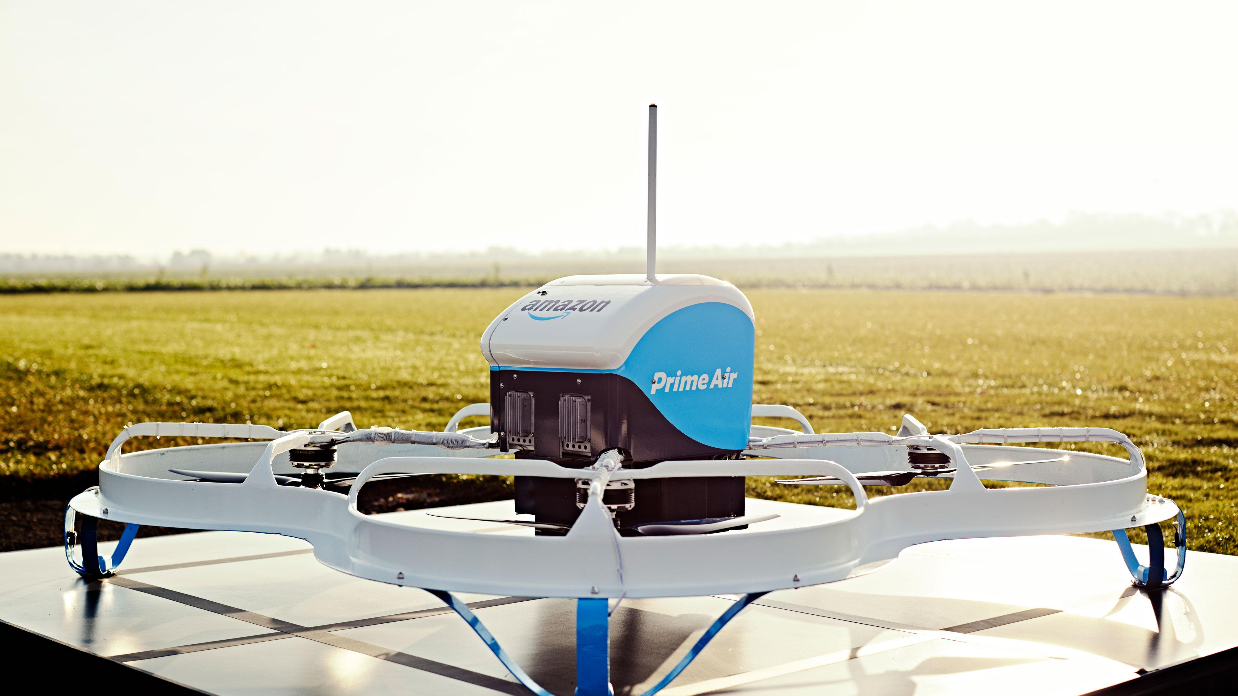 Los drones repartidores de Amazon lanzarán los paquetes desde el cielo